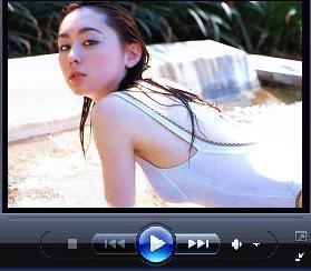 秋山莉奈の丸見え動画はコチラ
